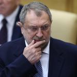 Всего шесть депутатов-пенсионеров согласились отказаться от надбавок :: Политика :: РБК