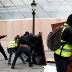 Количество протестующих во Франции оценили в 125 тыс. человек :: Политика :: РБК
