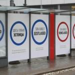 В Эстонии объяснили появление на улицах плакатов «Здесь только русские» :: Политика :: РБК